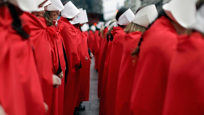 911 Call for 'Handmaid' About to Jump From NYC Rooftop Ends With Cop 'Rescuing' Umbrella