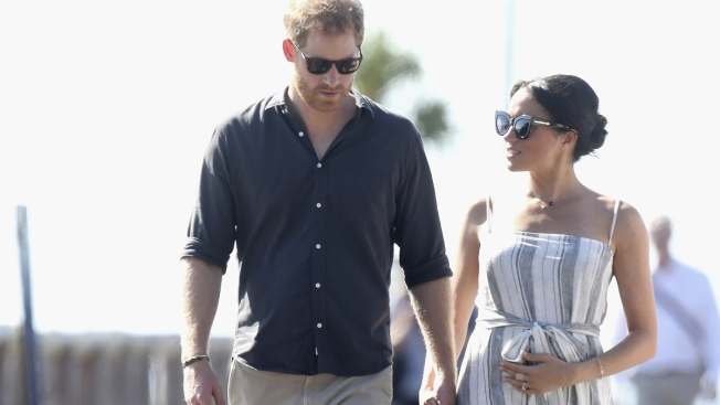 Harry, Meghan Travel in Different Style on Australia Tour