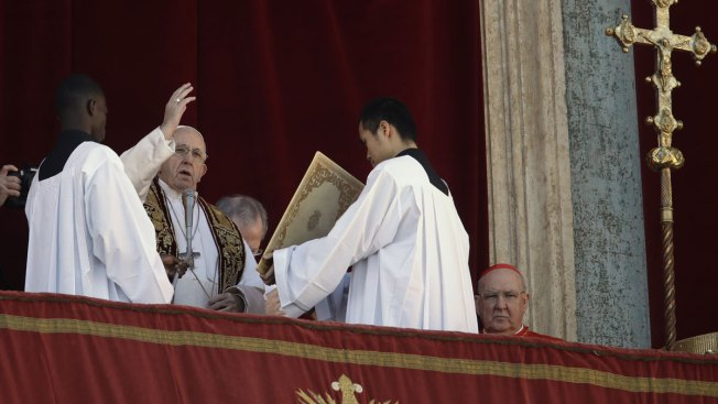 Pope's Christmas Wish: World Fraternity Despite Differences