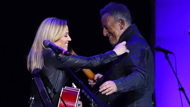 Sheryl Crow, Bruce Springsteen Help Raise Money for Vets