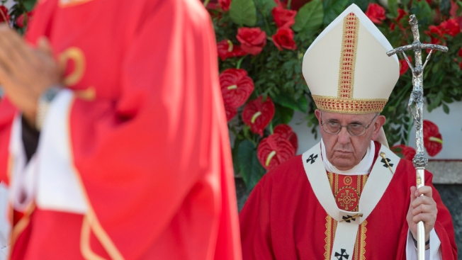 ISIS Magazine Singled Out Pope Ahead of U.S. Trip