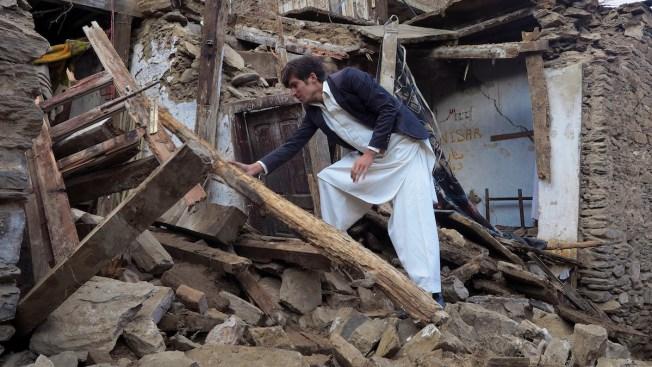 Earthquake Shakes Afghanistan, Pakistan, India; Scores Killed