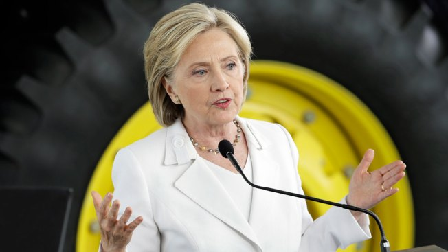 Ex-Hillary Clinton Staffer Who Set Up Email Server to Plead the Fifth