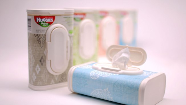 Huggies Investigating Claims of Glass Found in Baby Wipes