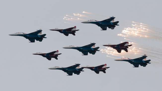 Russia Launches Airstrikes Against Islamic State in Syria