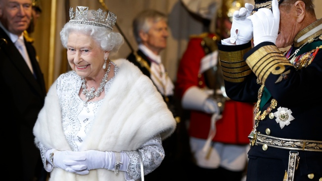 Buckingham Palace: Queen's New Outfits Won't Use Real Fur