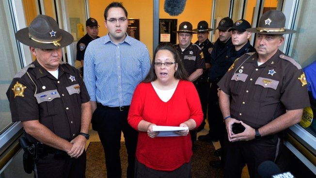 Court Denies Kim Davis' Bid to Delay Marriage Licenses