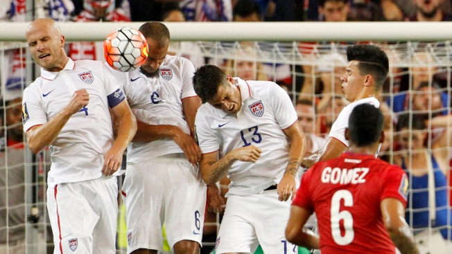 U.S., Panama Play to 1-1 Draw in CONCACAF Gold Cup Group Finale