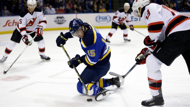 Berglund Scores Twice in Blues' 5-2 Win Over Devils