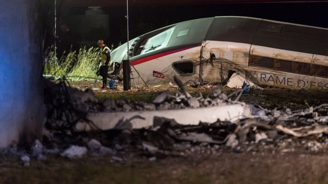 10 Dead After High-Speed Train Derails in France: Report