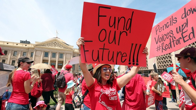 Arizona, Colorado Teachers Rally, Schools Close for 2nd Day