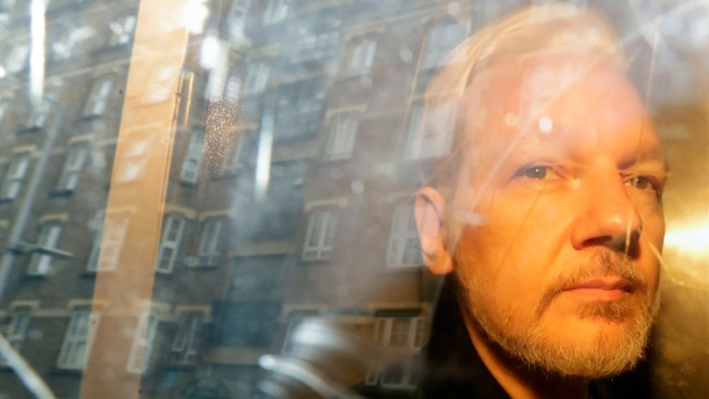 US Submits Extradition Request for WikiLeaks Founder Assange