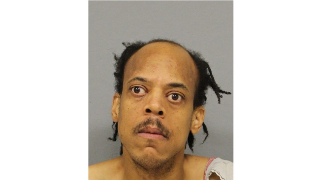 Long Island Man Stabs Woman With Fork, Steak Knife: Police