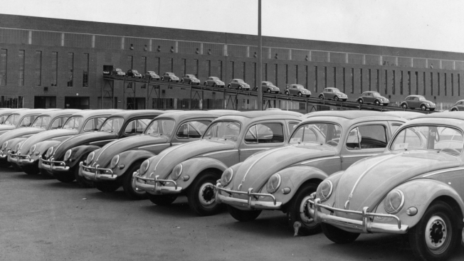 From Nazis to Hippies: End of the Road for Volkswagen Beetle
