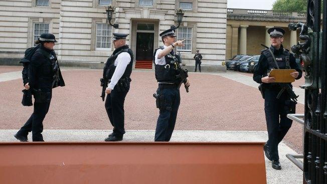 Buckingham Palace Trespasser Was Convicted Murderer: Court