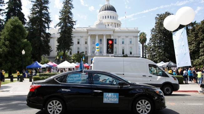 California Senate Approves Bill Giving Wage, Benefit Protections for Uber and Lyft Drivers