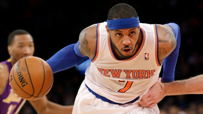 Carmelo Anthony Scores 35 as Knicks Beat Lakers 110-103