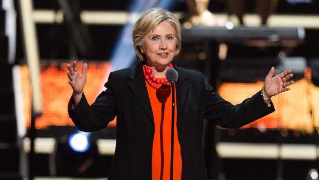 Hillary Clinton, Rihanna Appear at Black Girls Rock!
