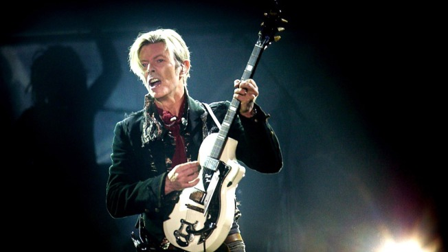 Exhibition Dedicated to Rocker David Bowie Will Come to NYC