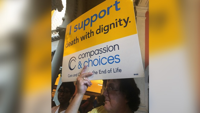 With Gov. Cuomo's Support, New Yorkers Urge Lawmakers to Pass 'Medical Aid in Dying'