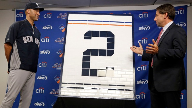 Mets Honor Derek Jeter With Subway-Themed Gifts