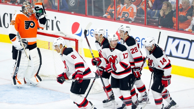 Devils Win Season Opener, Beat Flyers 6-4