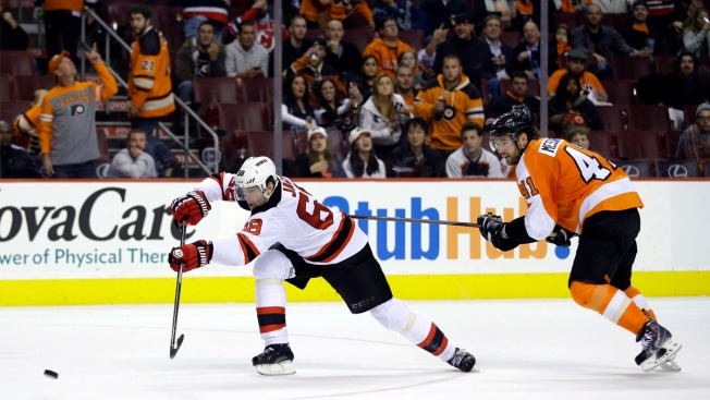 Devils End Scoreless Skid with 3-0 Win Over Flyers