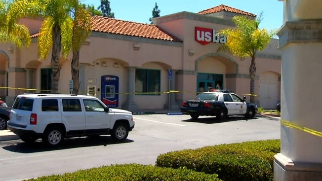 1 Suspect Robs 2 San Diego Banks Back-to-Back