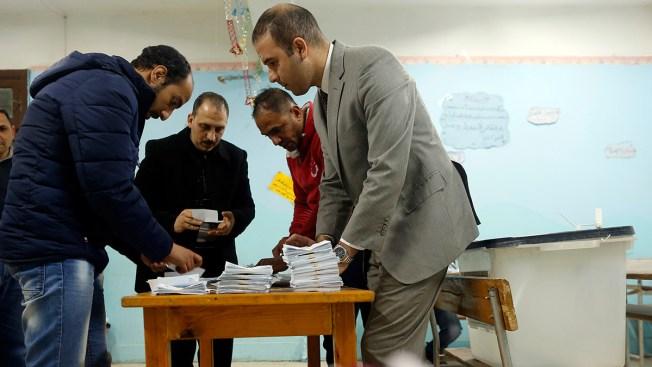 Egypt Voters Approve Referendum Extending President's Rule