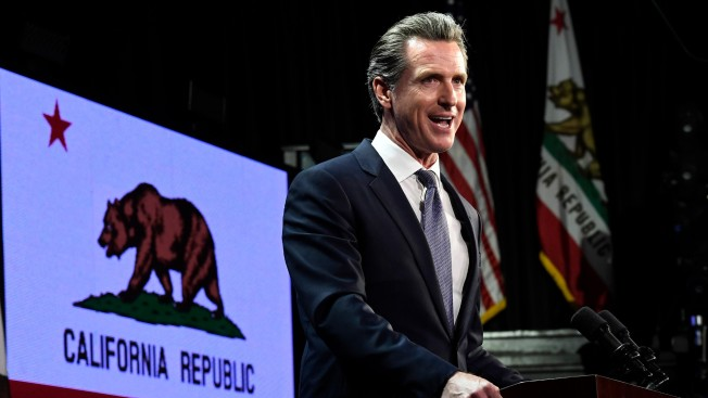 California OKs Health Benefits to Immigrants in U.S. Illegally