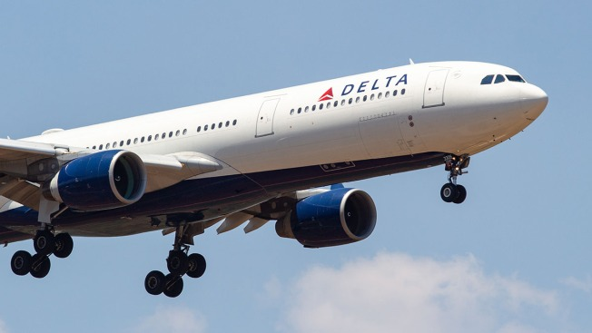 Travel Agent Cheated Delta Frequent Flyer Program, Prosecutors Say