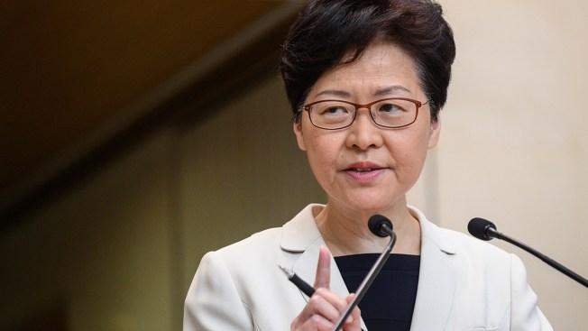 Hong Kong Leader Starts Dialogue, But Not Budging on Demands