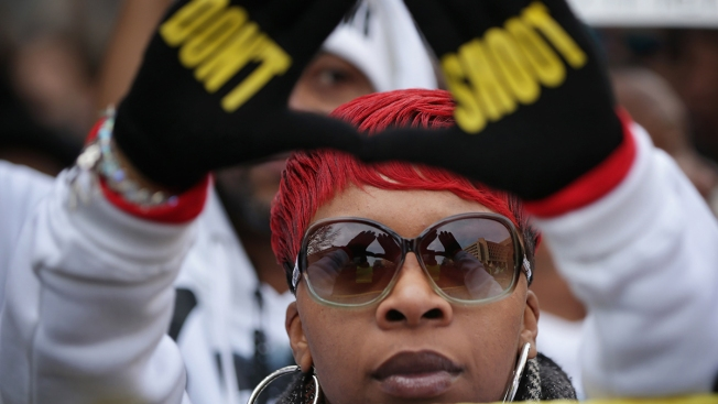 Michael Brown's Mother, Lezley McSpadden, Announces Run for Ferguson City Council