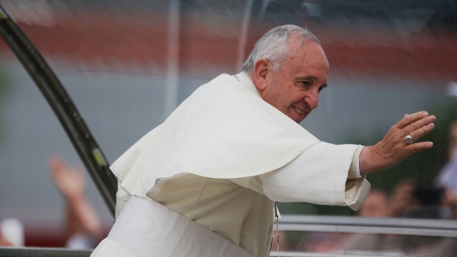 Selfie Sticks Banned During Pope Francis' Visit to NYC