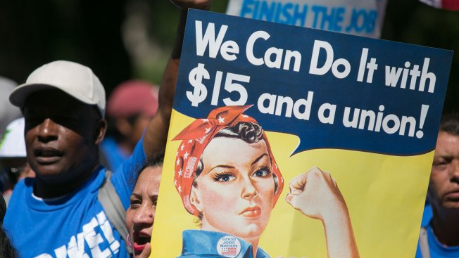 Higher Minimum Wage Proposals Gain Ground on Both Coasts