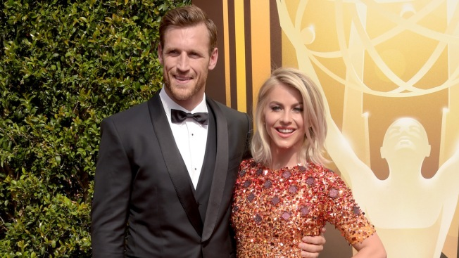 'Dancing With the Stars' Julianne Hough and Brooks Laich Tie the Knot