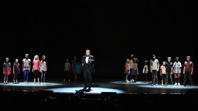 Tony Awards Dedicates Ceremony to Orlando Victims, Survivors