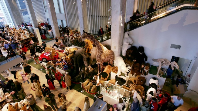 Legendary Toy Store FAO Schwarz to Get New Home at Rockefeller Center: Reports