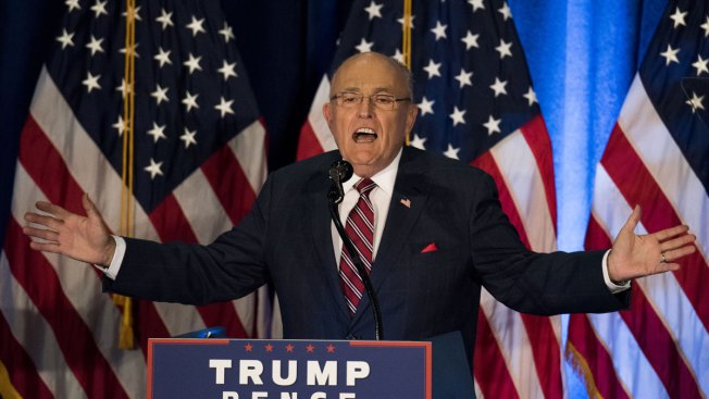 Analysis: Giuliani Out-Trumping Trump on Campaign Trail