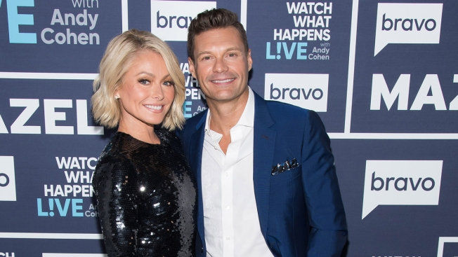 Kelly Ripa Defends Co-Host Seacrest Amid Sex Misconduct Allegations