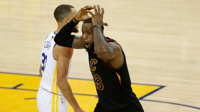 How JR Smith's Blunder at Warriors vs. Cavs Game 1 Became a Meme