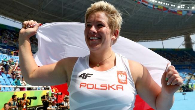 Polish Hammer Thrower Breaks World Record Using Friend's Glove