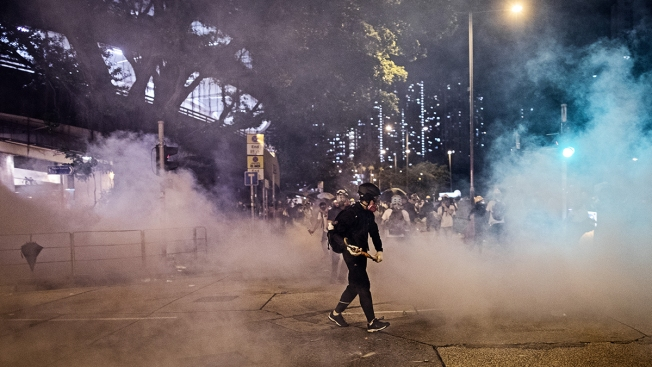 Hong Kong Protesters and Police Face Off in Familiar Cycle