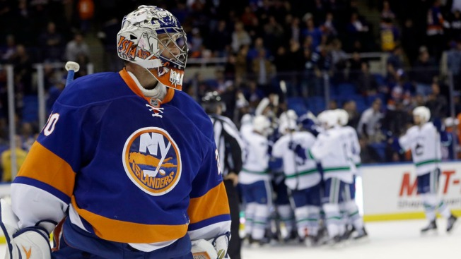 Islanders Fall to Canucks in Overtime