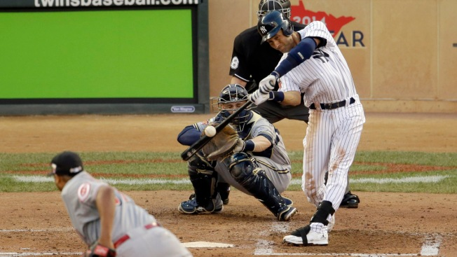 Derek Jeter Takes Bow, Hits Double in All-Star Farewell