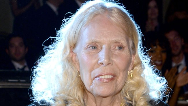 Joni Mitchell's Website Says She's Alert, Recovery Expected