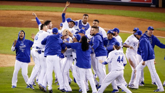 Royals Advance to World Series, Nabbing AL Pennant in Game 6 With Blue Jays