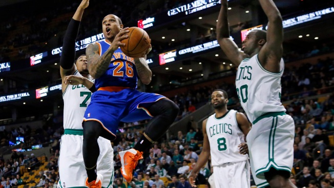 Carmelo Anthony Carries Knicks Past Celtics, 116-92
