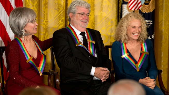 R2-D2 Helps Honor George Lucas at Kennedy Center