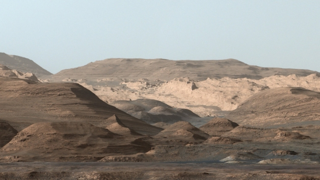Greetings From Mars: New Landscape Photo From the Red Planet Is Postcard-Worthy